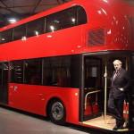 Новый двухэтажный автобус в Лондоне