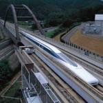 Японский поезд на магнитной подушке будет передвигаться со скоростью 500 км/ч