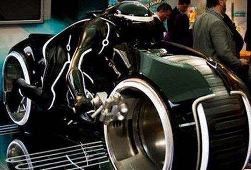 копия мотоцикла из фильма «Трон: Наследие»