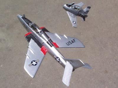 Мини истребитель McDonnell XF-85 Goblin