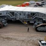 Огромный транспорт для перевозки Шатлов