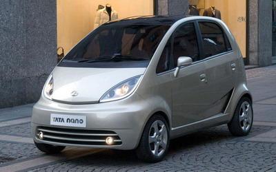 Tata Nano - самая дешевая машина в мире