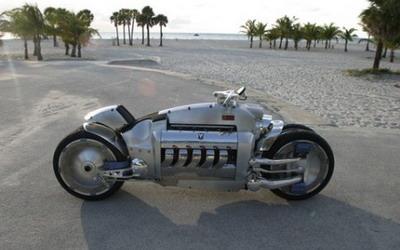 Dodge Tomahawk - самый дорогой мотоцикл в мире