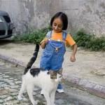 Джиоти Амге — самая маленькая женщина в мире