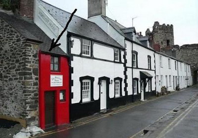 Постройка 14 века - самый маленький дом в Англии