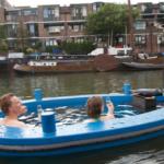 Катер-горячая ванна HotTugboat