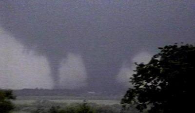 Торнадо возле города Бридж Крик - 512 км/ч