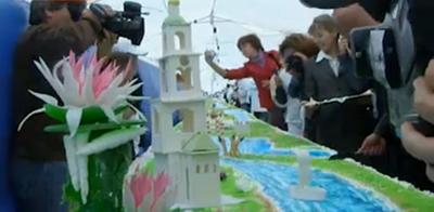Самый большой торт в России - 8 тонн