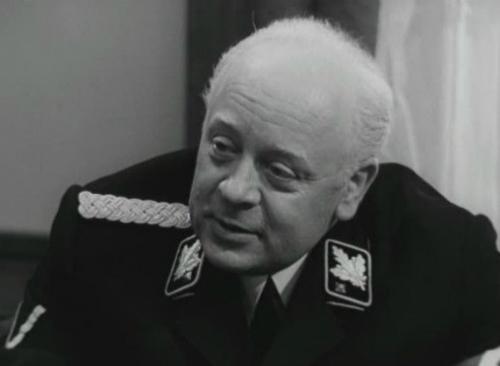 Леонид Броневой в роли Генриха Мюллера