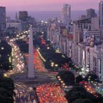 Улица 9 Июля — самая широкая в мире
