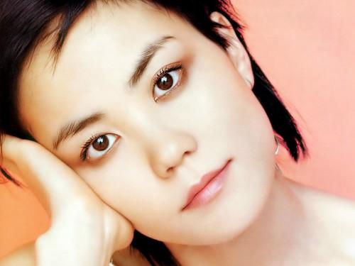 Ван Фэй, популярная в Китае поп-певица
