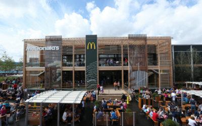 Самый большой Макдональдс в мире (5 фото)