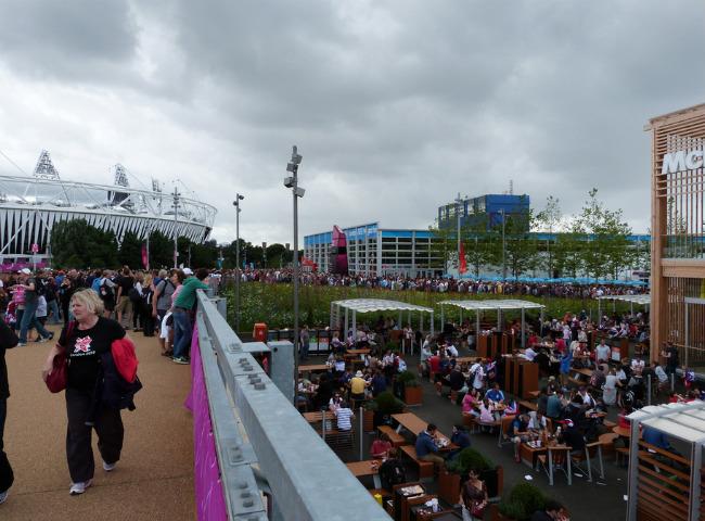 Олимпийская деревня (фото 4 августа 2012 г.)