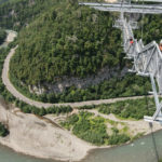 SkyBridge — самый длинный подвесной пешеходный мост в мире