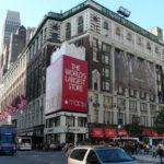 Магазин одежды Macy's в Нью-Йорке
