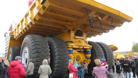 БелАЗ-75710 — самая тяжелая машина в мире
