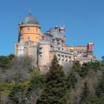 Замок Пена в Португалии