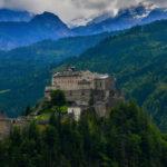 Замок Хоэнверфен (Австрия)