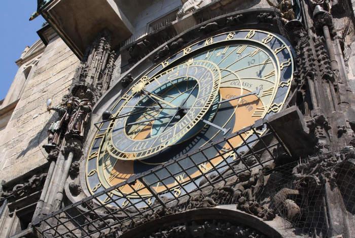 Prague astronomical clock1
