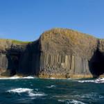 Остров Стаффа (Шотландия)