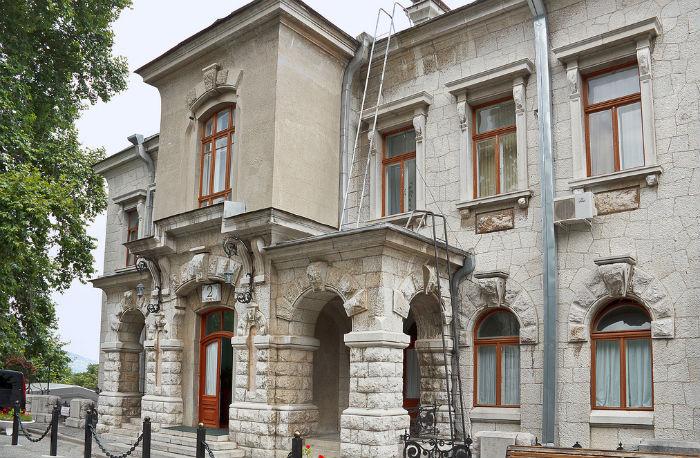 livadiiskii-dvorec