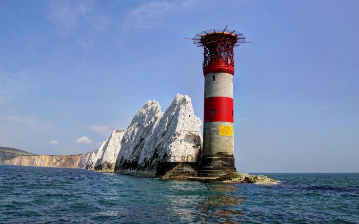 needles-lighthouse