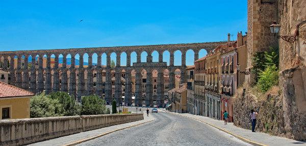 Aqueduct of Segovia4