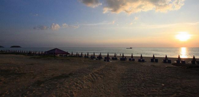 karon beach phuket0