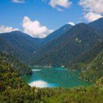 Озеро Рица — жемчужина туристической Абхазии
