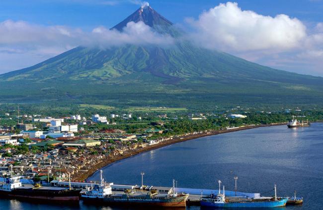 Mayon Volcano2