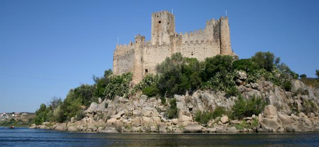 Castle of Almourol1