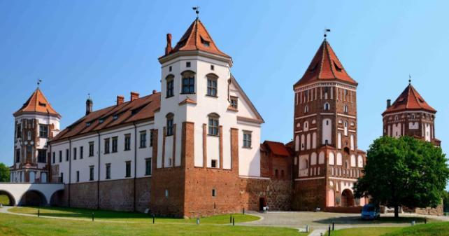 mirsky-castle3