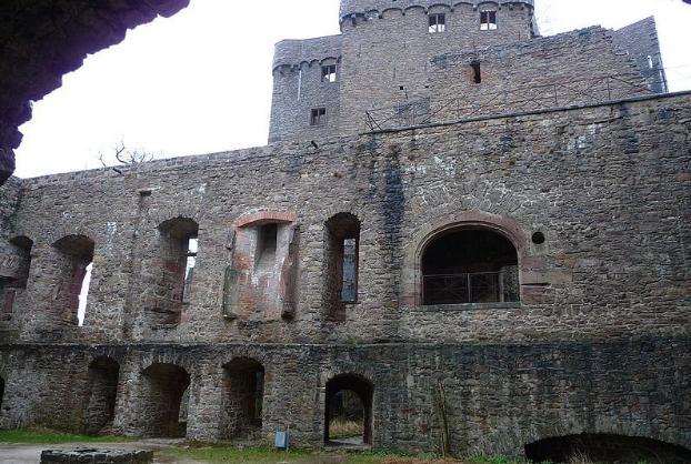Старый замок.